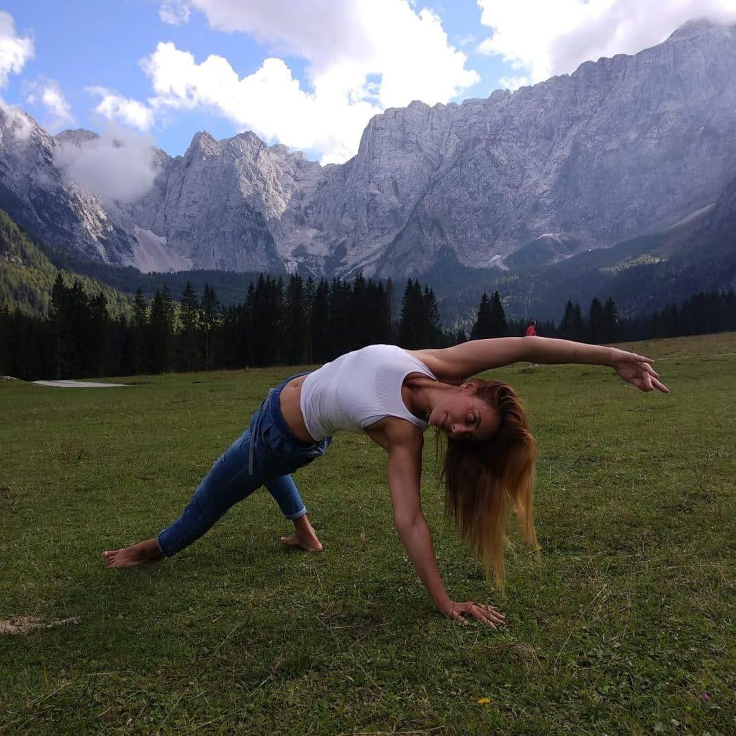 Iris Avshalomov Vinyasa Yoga